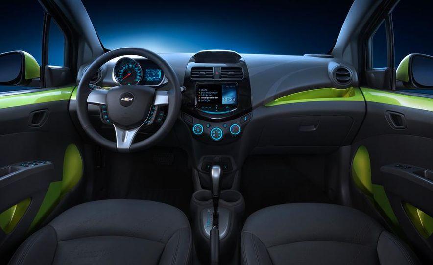 2013 Chevrolet Spark - Slide 13