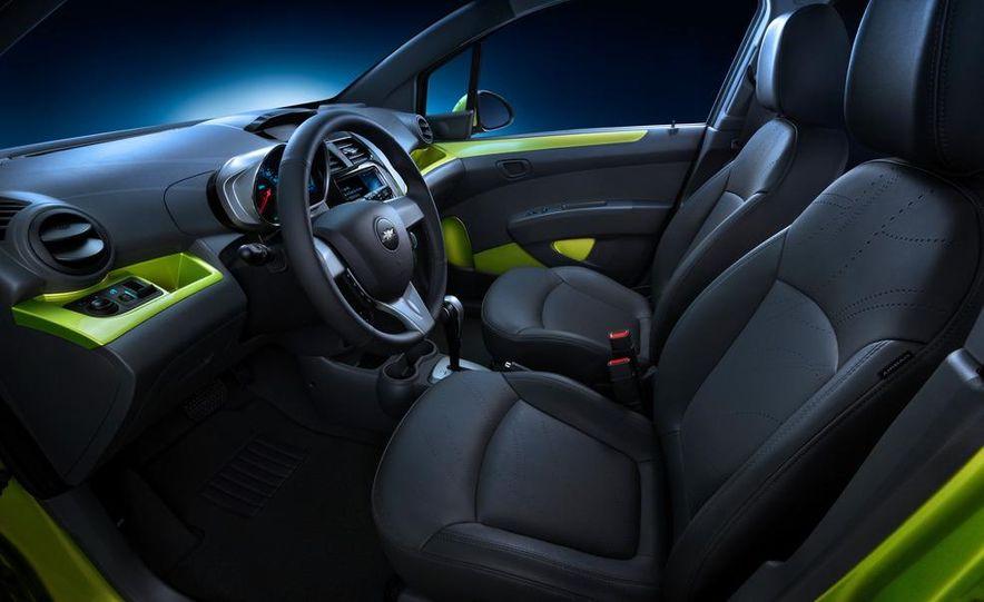 2013 Chevrolet Spark - Slide 15