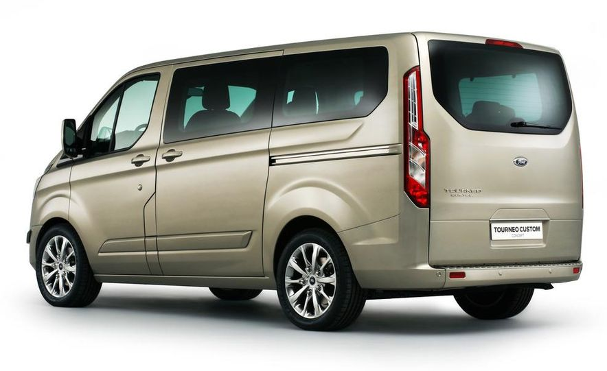 2013 Ford Transit (spy photo) - Slide 15