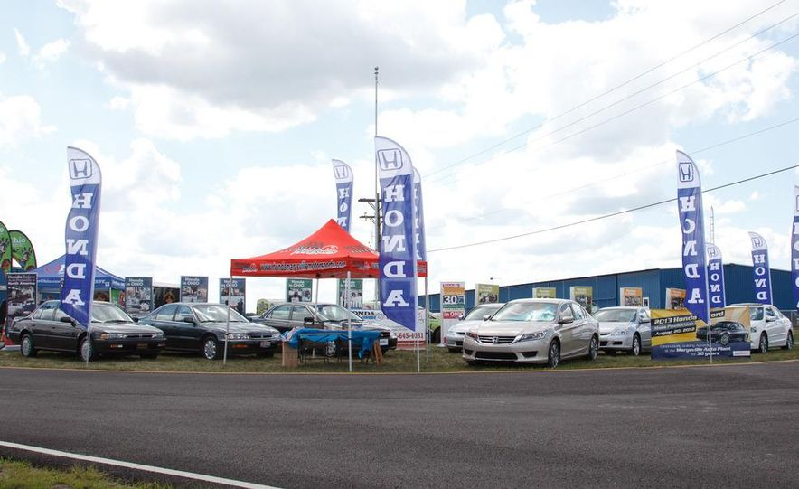 2013 Honda Accord sedan - Slide 1