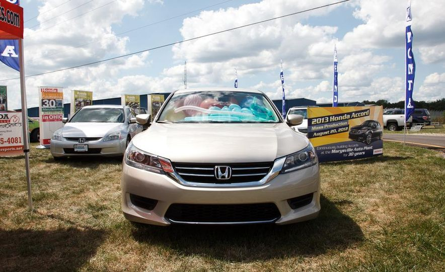 2013 Honda Accord sedan - Slide 5