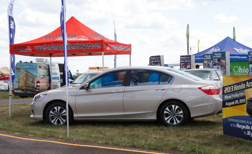 2013 Honda Accord sedan - Slide 7