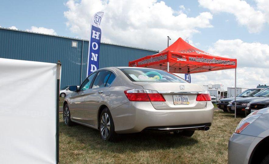 2013 Honda Accord sedan - Slide 8