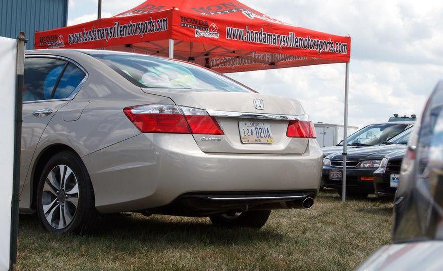 2013 Honda Accord sedan - Slide 9