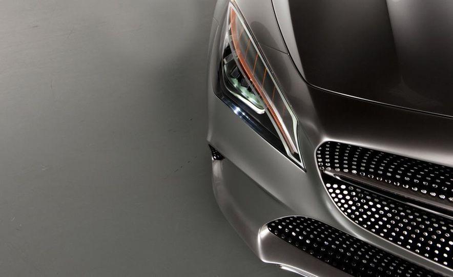 2014 Mercedes-Benz CLA45 AMG (spy photo) - Slide 35