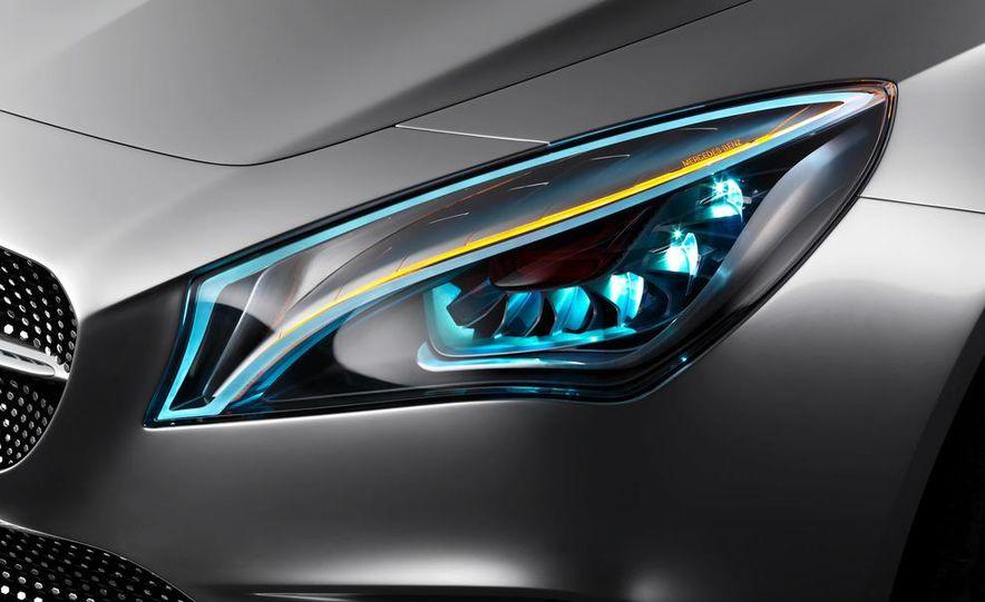 2014 Mercedes-Benz CLA45 AMG (spy photo) - Slide 23