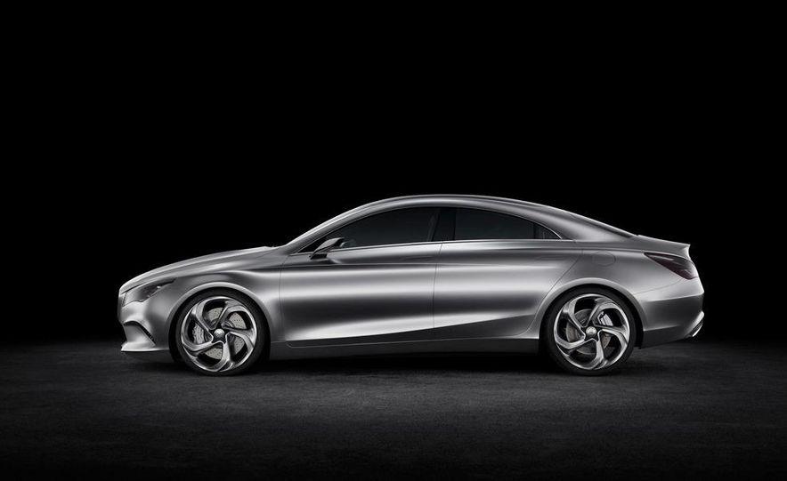 2014 Mercedes-Benz CLA45 AMG (spy photo) - Slide 22
