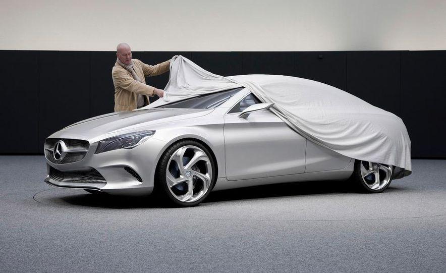 2014 Mercedes-Benz CLA45 AMG (spy photo) - Slide 27