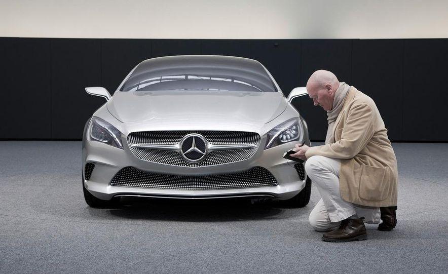 2014 Mercedes-Benz CLA45 AMG (spy photo) - Slide 32