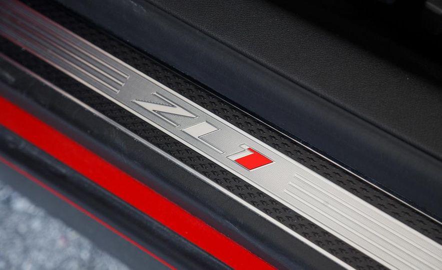 2013 Chevrolet Camaro ZL1 convertible - Slide 32