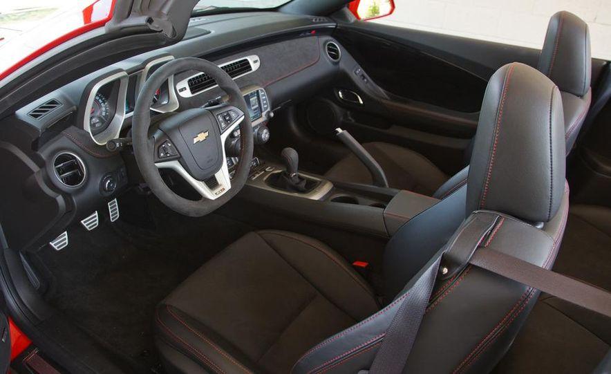 2013 Chevrolet Camaro ZL1 convertible - Slide 23