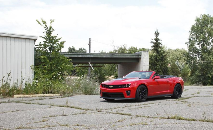 2013 Chevrolet Camaro ZL1 convertible - Slide 1
