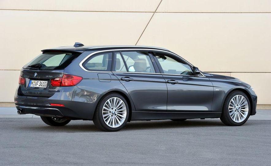 2013 BMW ActiveHybrid 5 - Slide 25