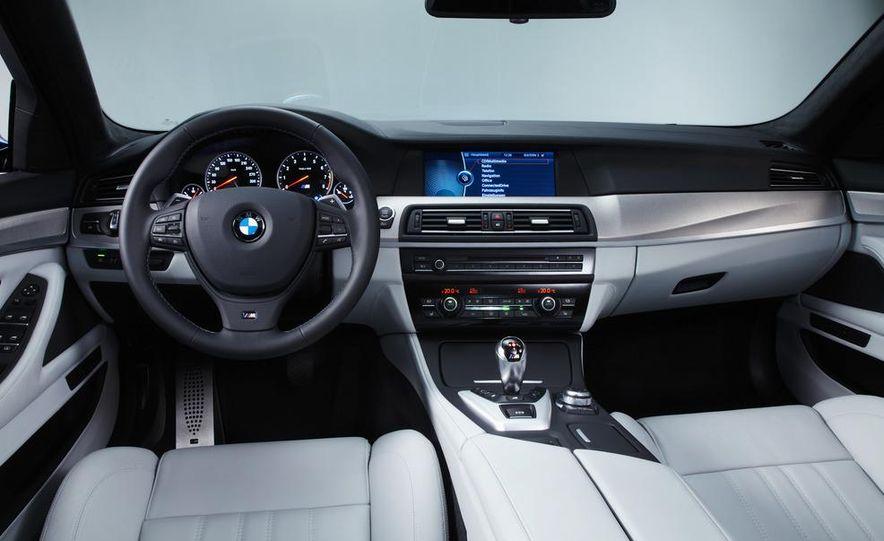 2013 BMW ActiveHybrid 5 - Slide 6