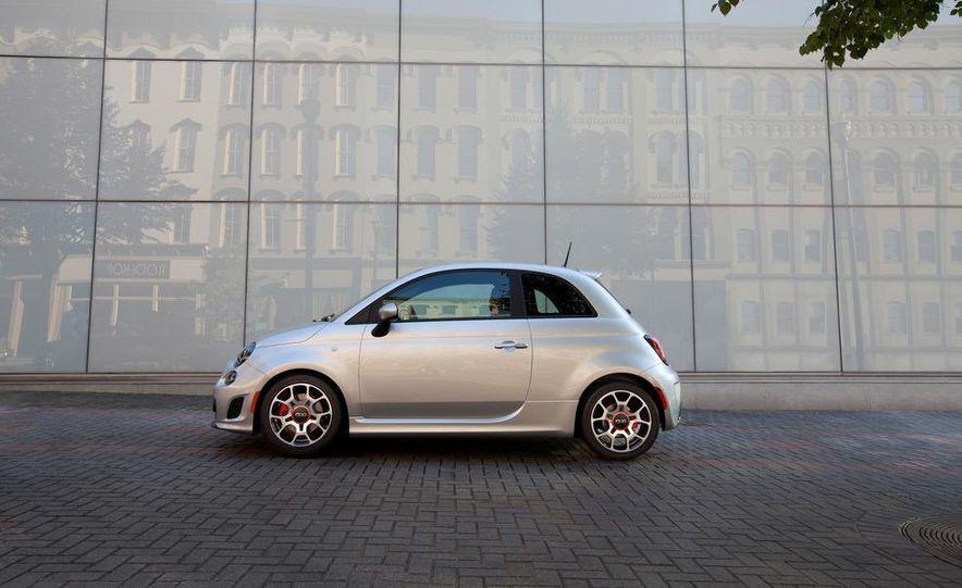 2013 Fiat 500 Turbo - Slide 4