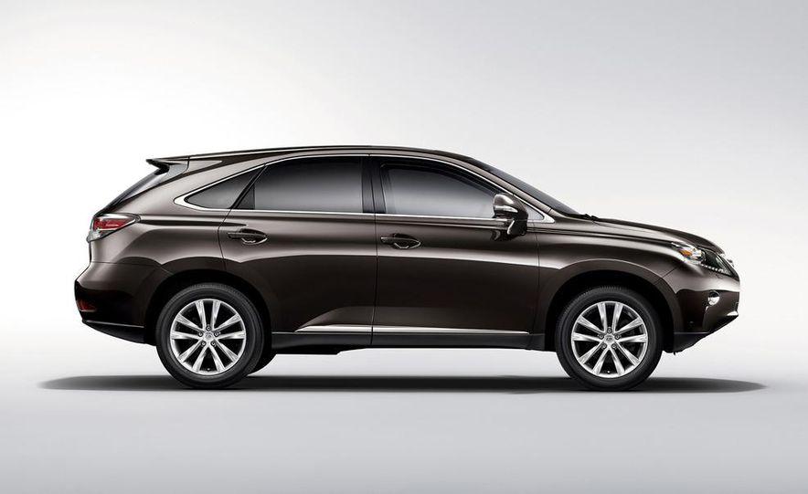 2013 Lexus ES300h - Slide 18