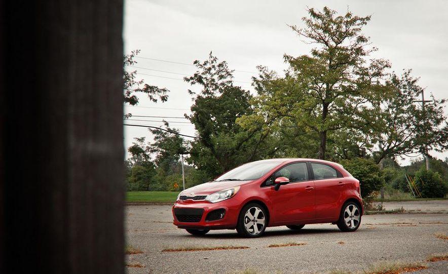 2013 Kia Rio5 SX GDI Pictures  Photo Gallery  Car and Driver
