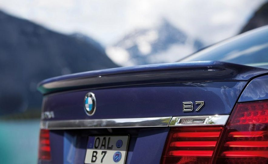 2013 BMW Alpina B7 - Slide 45