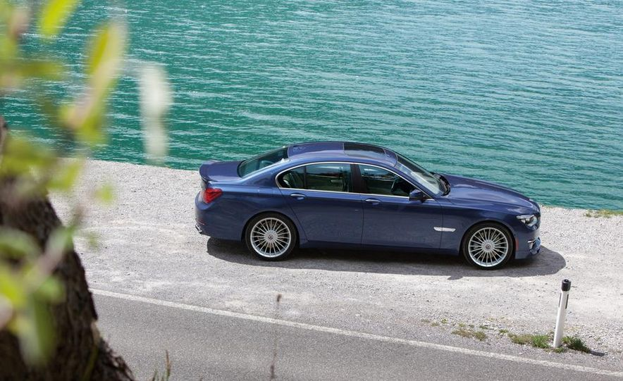 2013 BMW Alpina B7 - Slide 42