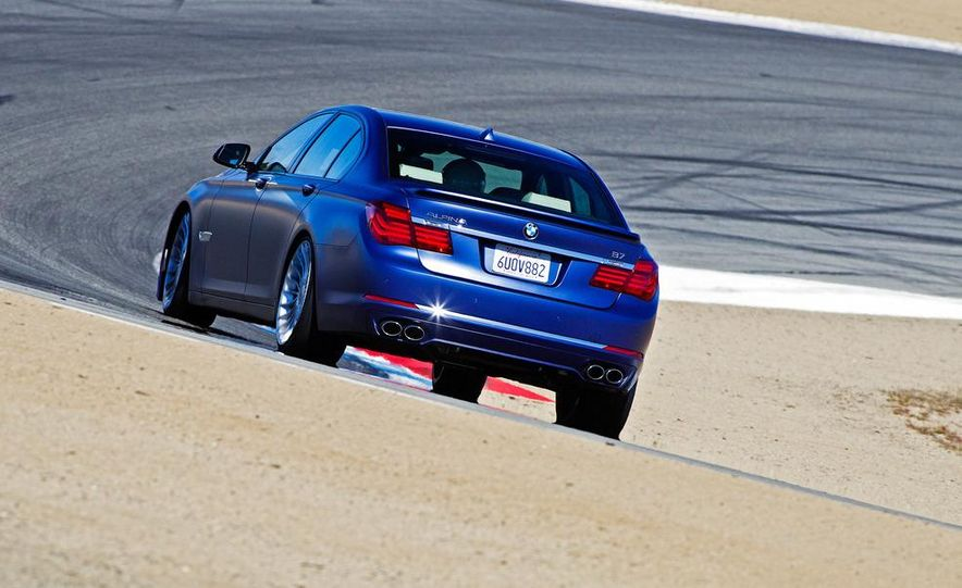 2013 BMW Alpina B7 - Slide 24