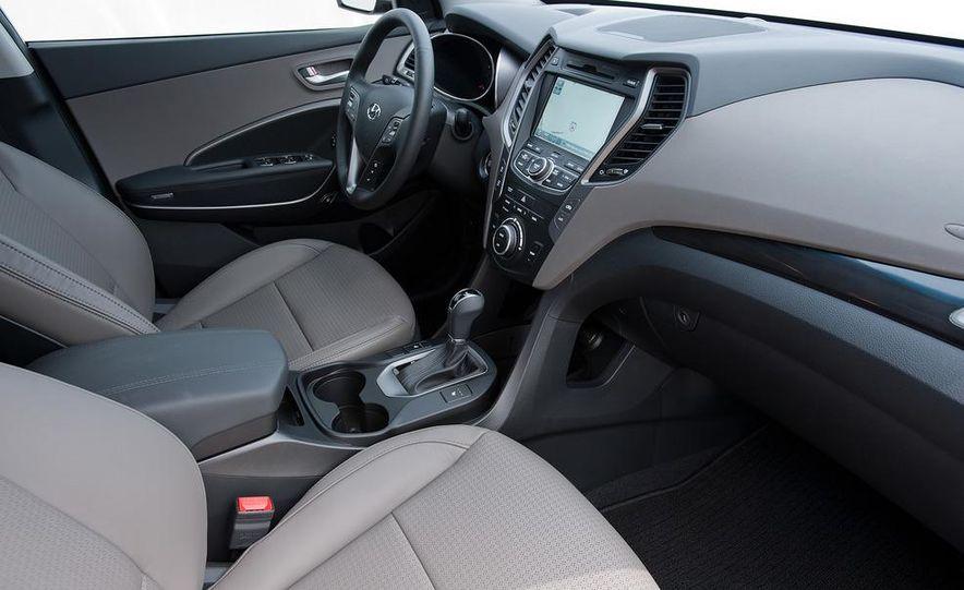 2013 Hyundai Santa Fe Sport - Slide 31