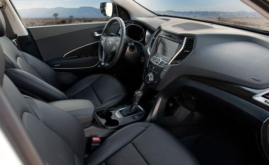 2013 Hyundai Santa Fe Sport - Slide 34