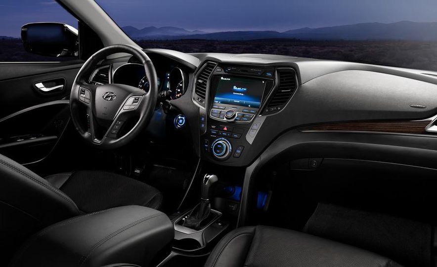 2013 Hyundai Santa Fe Sport - Slide 37