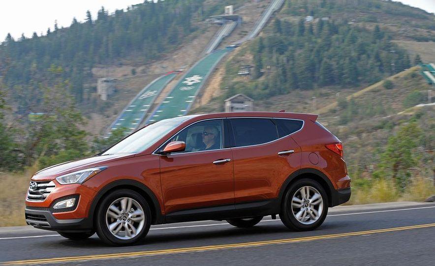 2013 Hyundai Santa Fe Sport - Slide 13