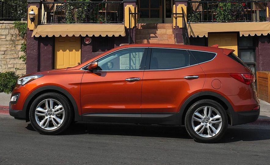 2013 Hyundai Santa Fe Sport - Slide 27