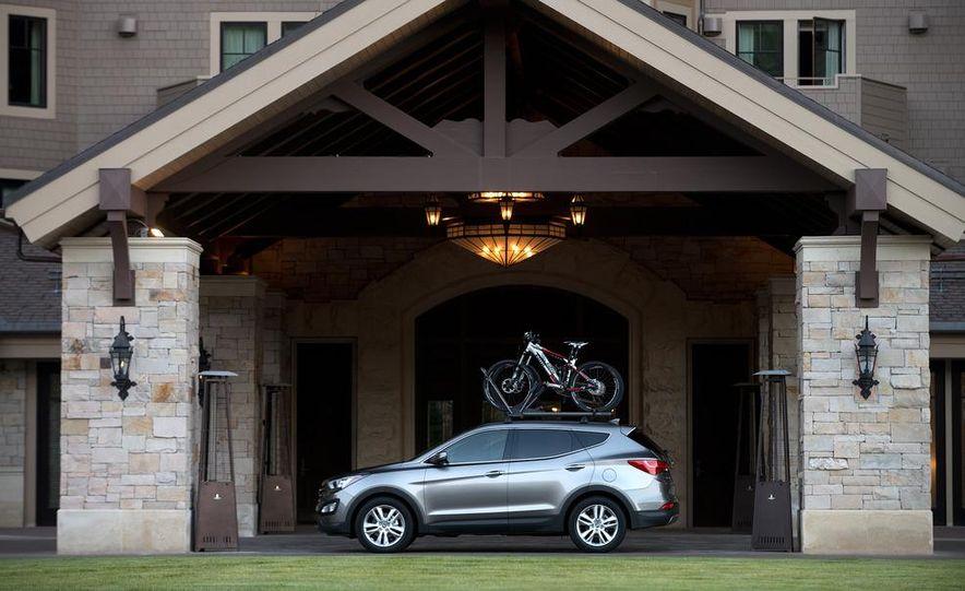 2013 Hyundai Santa Fe Sport - Slide 30