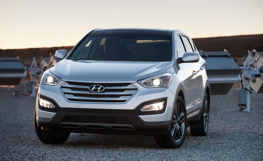 2013 Hyundai Santa Fe Sport - Slide 15