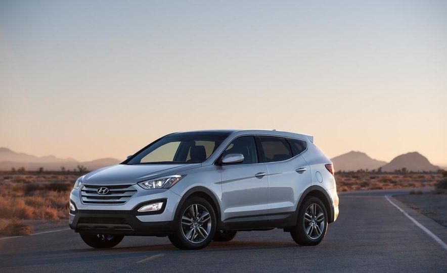 2013 Hyundai Santa Fe Sport - Slide 16