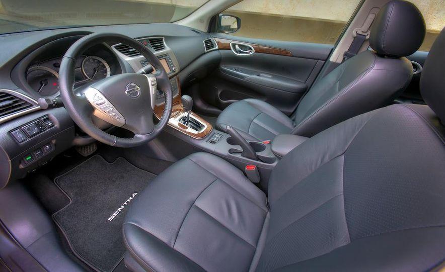 2013 Nissan Sentra SR - Slide 28
