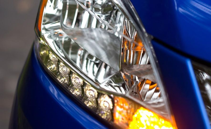 2013 Nissan Sentra SR - Slide 8