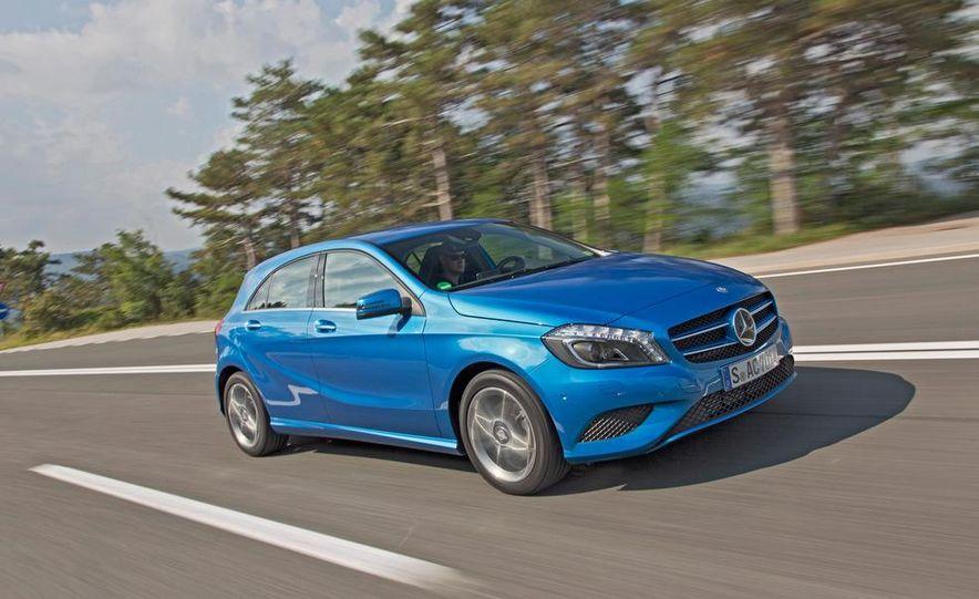 2014 Mercedes-Benz GLA-class (spy photo) - Slide 12