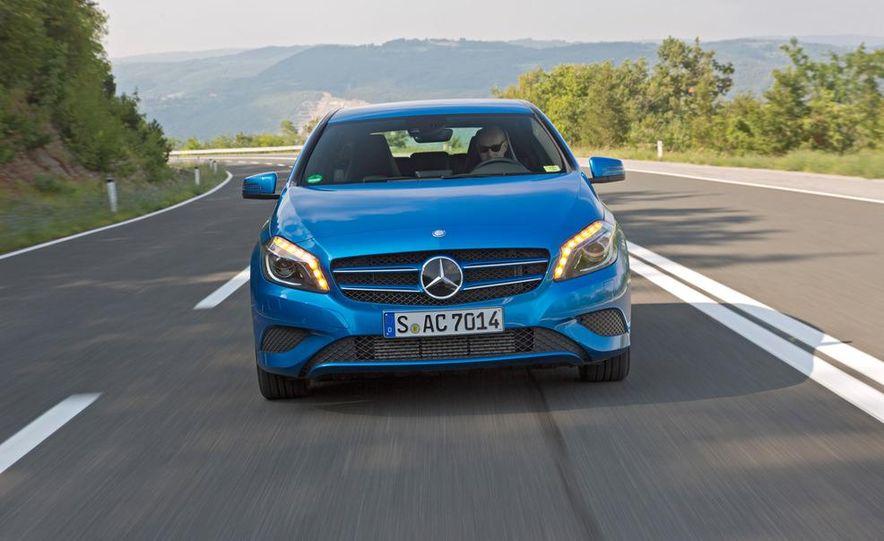 2014 Mercedes-Benz GLA-class (spy photo) - Slide 13