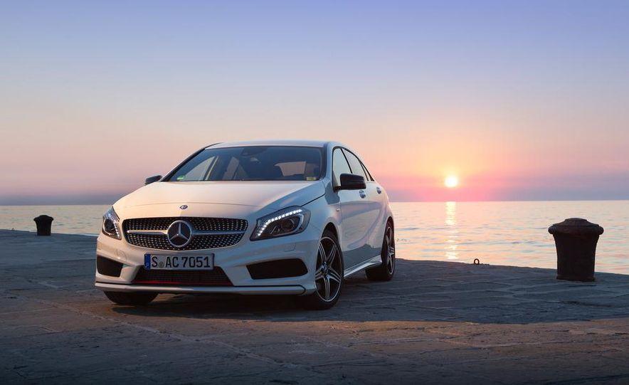 2014 Mercedes-Benz GLA-class (spy photo) - Slide 19