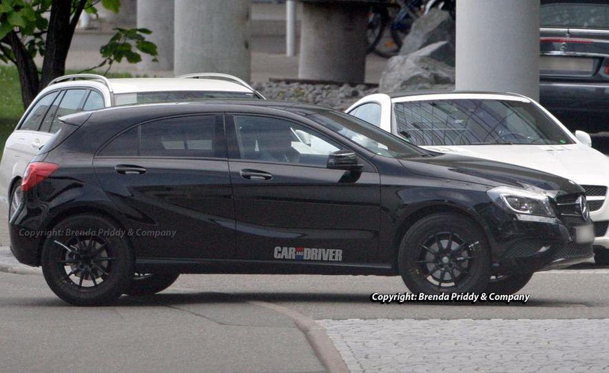 2014 Mercedes-Benz GLA-class (spy photo) - Slide 11