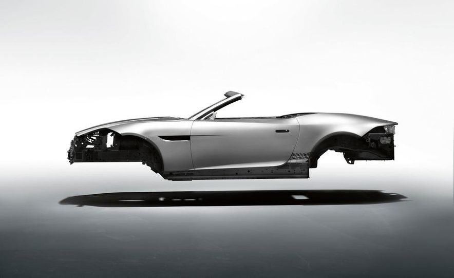 2014 Jaguar F-type V8 S roadster - Slide 68