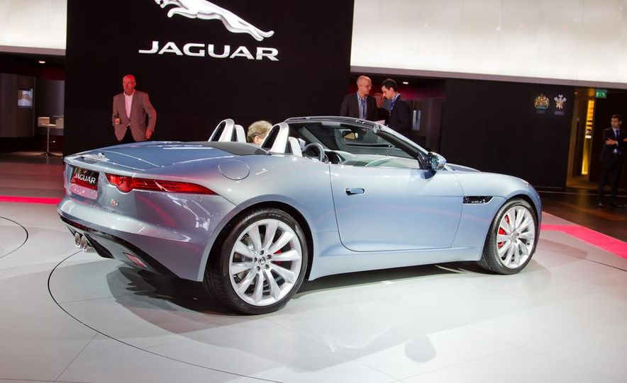 2014 Jaguar F-type V8 S roadster - Slide 27