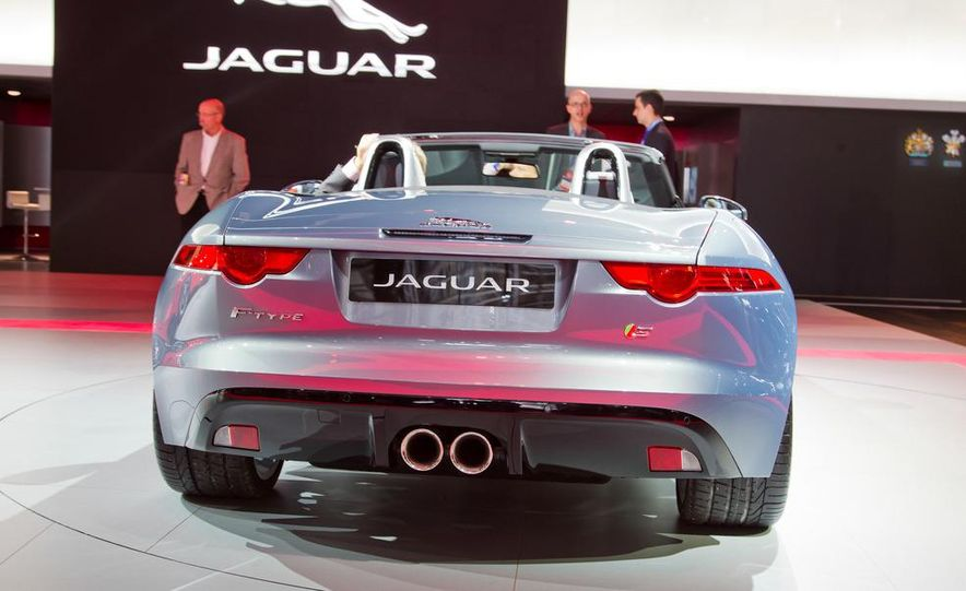 2014 Jaguar F-type V8 S roadster - Slide 28
