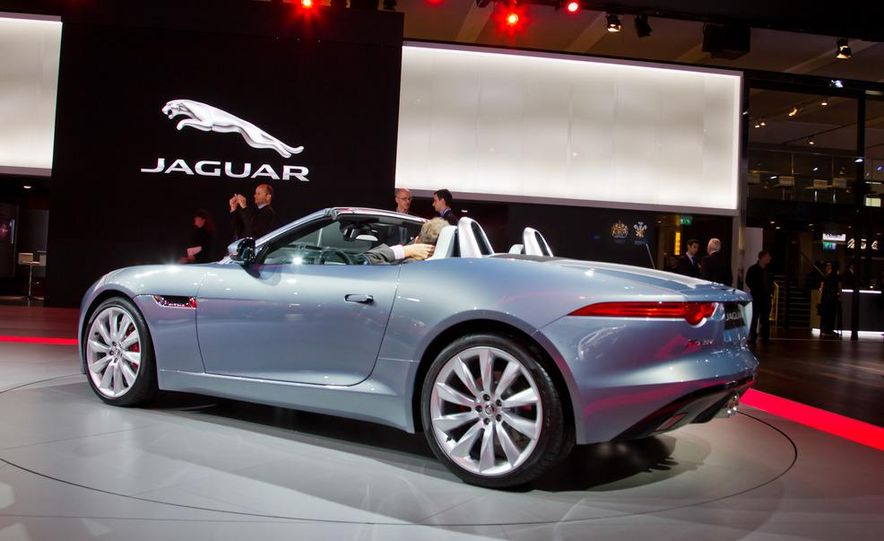 2014 Jaguar F-type V8 S roadster - Slide 29