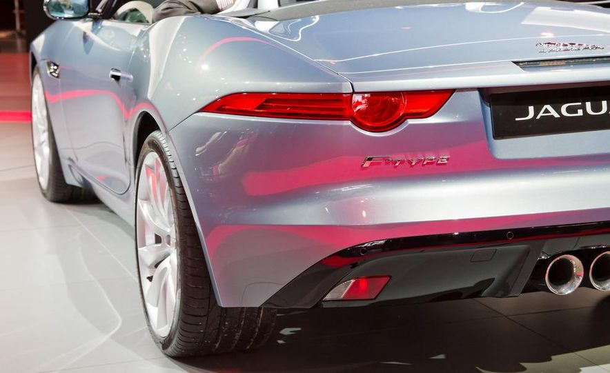 2014 Jaguar F-type V8 S roadster - Slide 34
