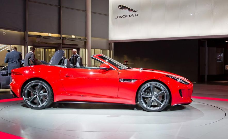 2014 Jaguar F-type V8 S roadster - Slide 18
