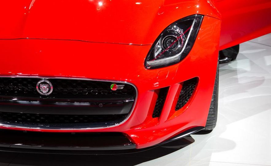 2014 Jaguar F-type V8 S roadster - Slide 24