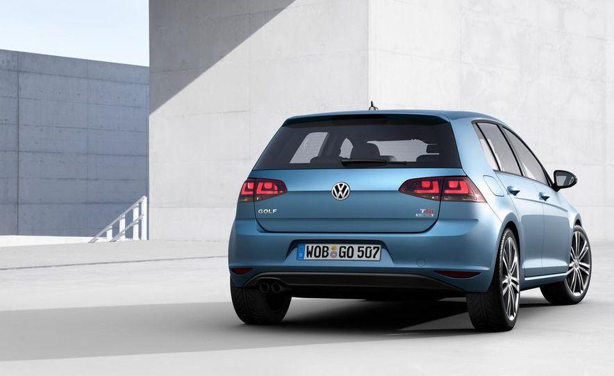2015 Volkswagen Golf R 5-door (spy photo) - Slide 15