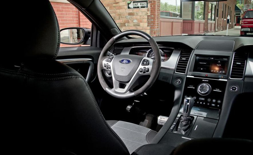 2013 Ford Taurus SHO - Slide 11