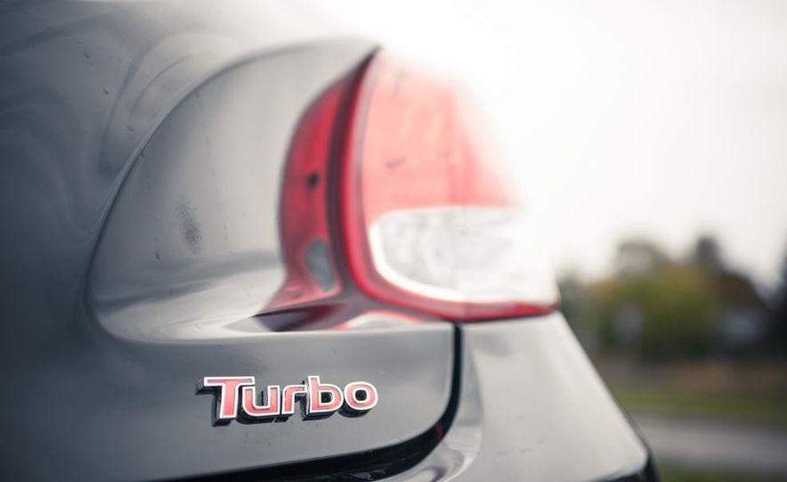 2013 Hyundai Veloster Turbo - Slide 33