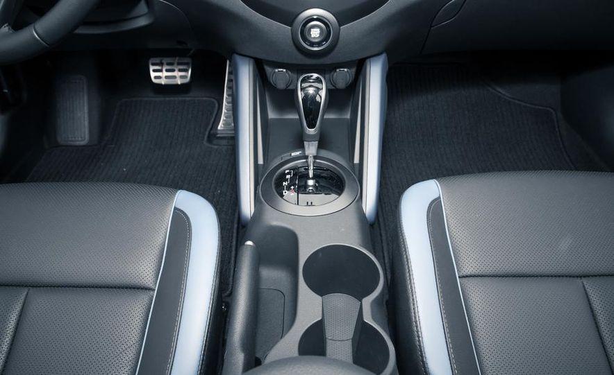 2013 Hyundai Veloster Turbo - Slide 46