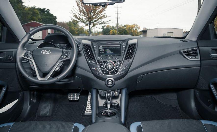 2013 Hyundai Veloster Turbo - Slide 39